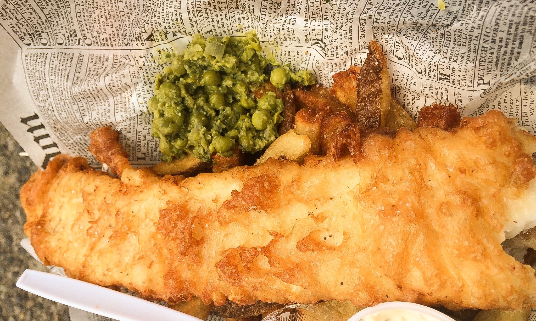 Frying scotsman fish and chips food cart portland sampler for Best fish and chips in seattle