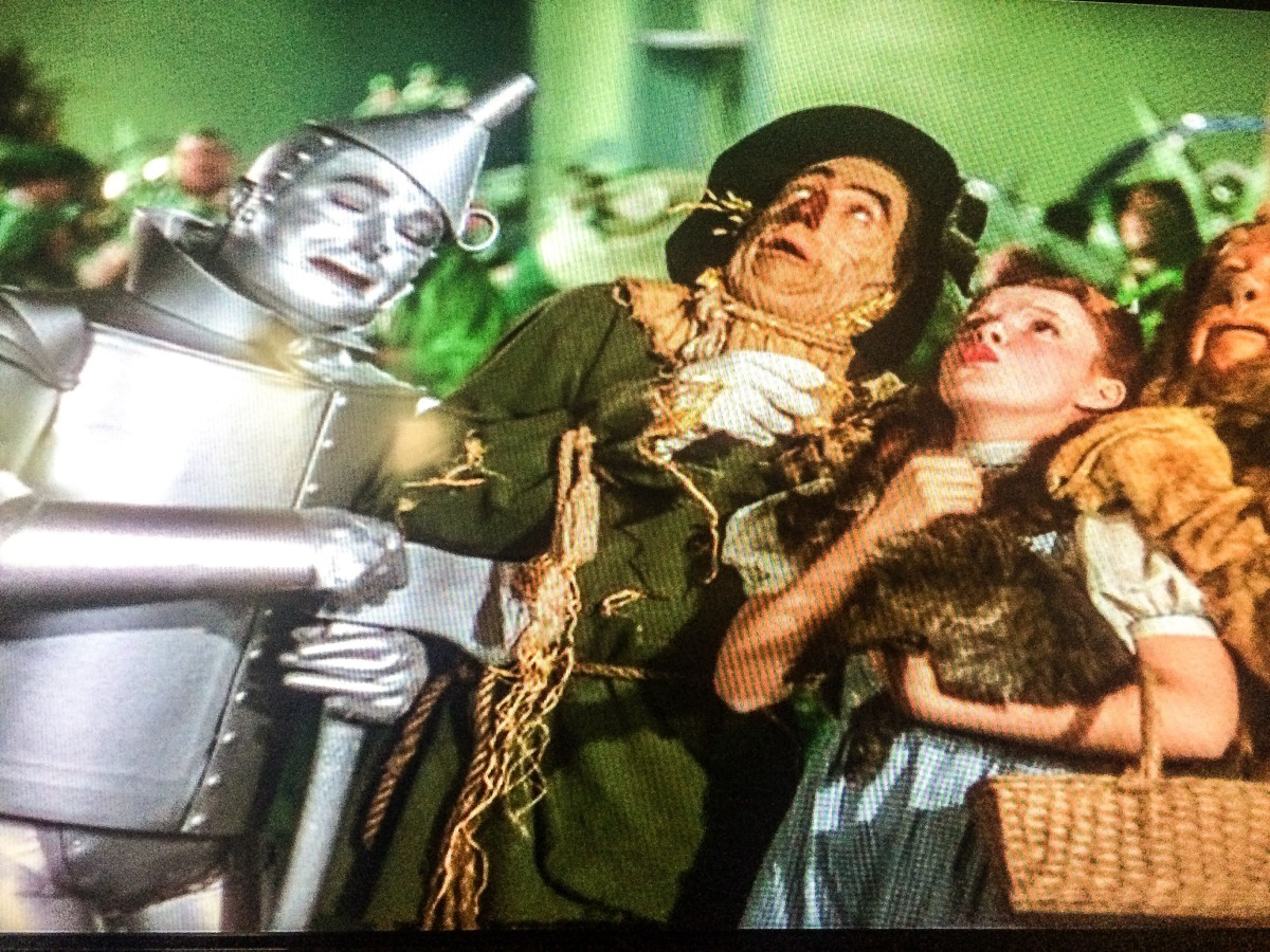 Behind the curtain wizard of oz - Wizard Of Oz Family Movie Night