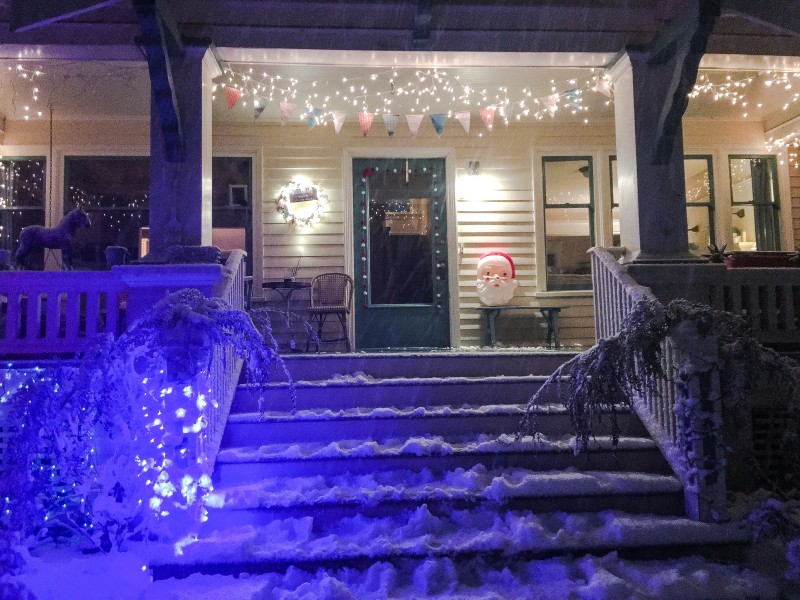 Front Porch in the Snow, Portland