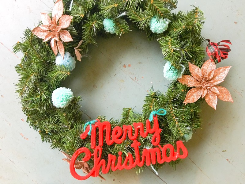 Vintage Christmas Holiday Portland Collection Wreath