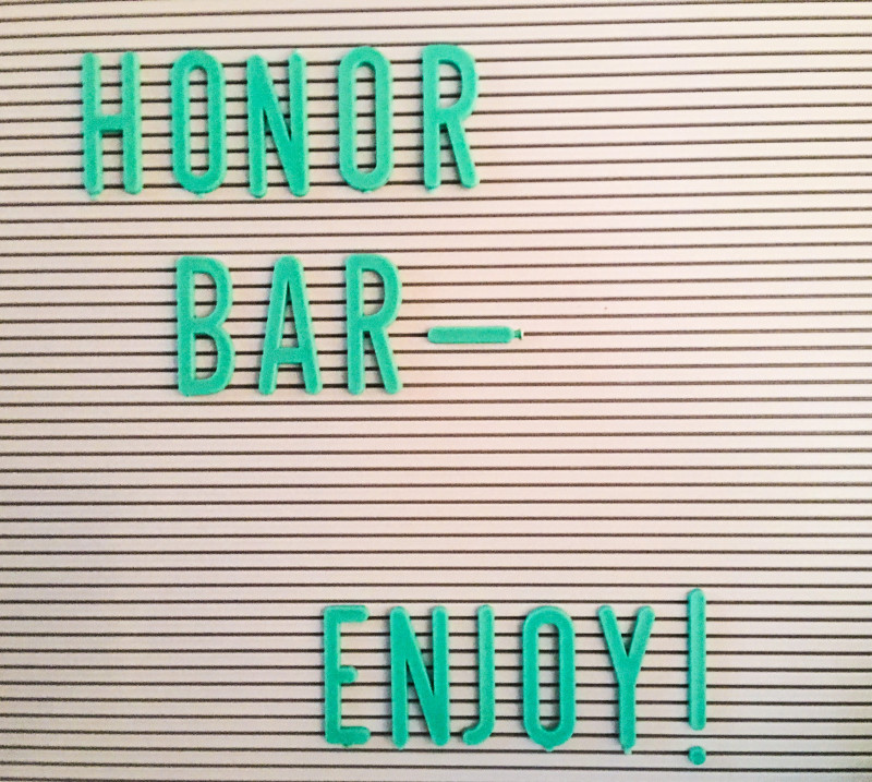 Honor Bar, Girls Weekend