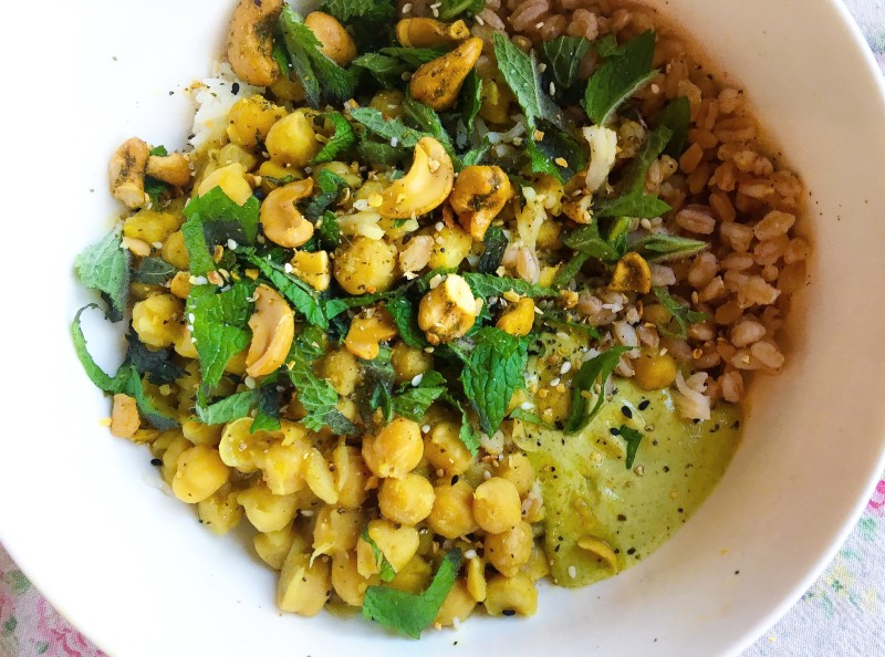 Chickpeas Tahini with Faro Lunch