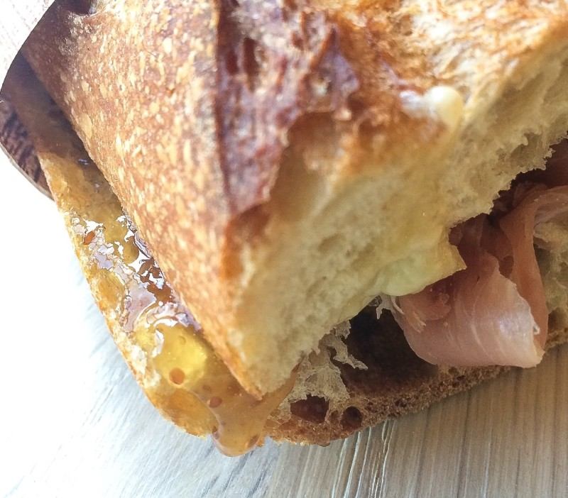 Baguette sandwich fig jam