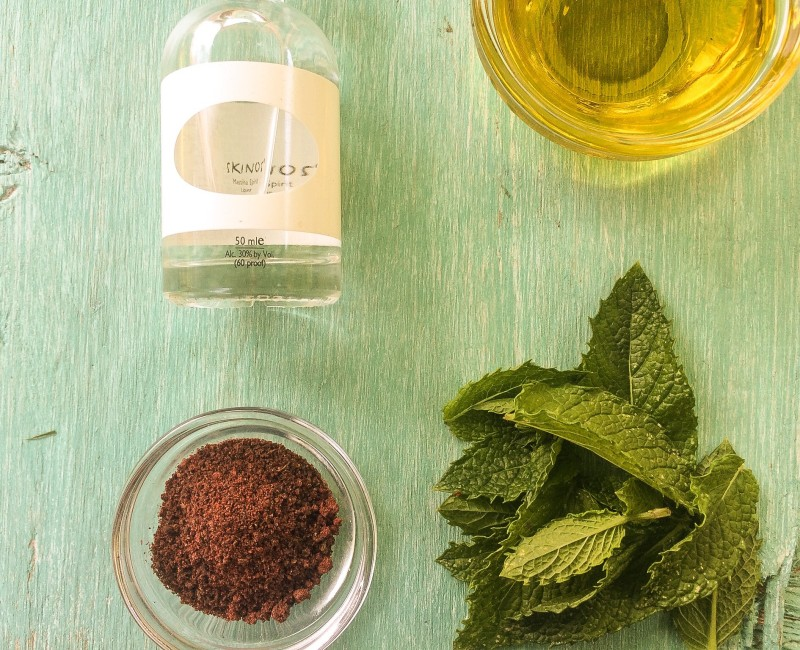 Marinade Ingredients for Grilled Chicken: Ouzo, Sumac, Mint and Olive OIl