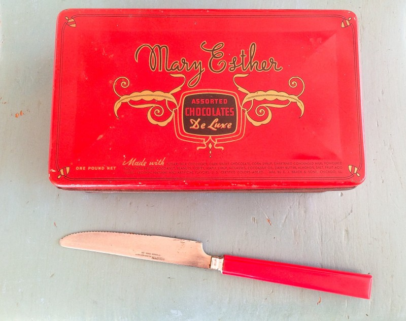Red Vintage Candy Tin