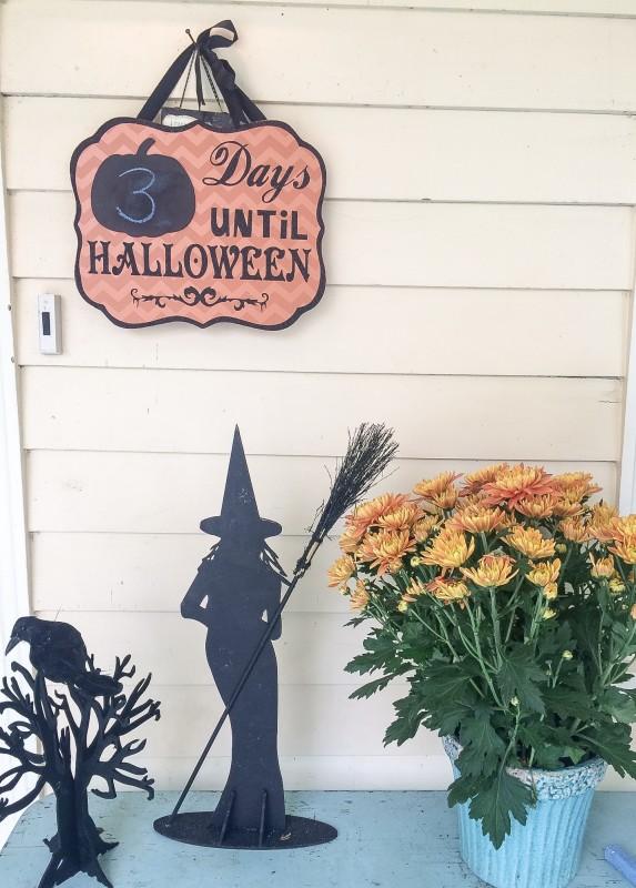Halloween Decorations, Porch, Portland
