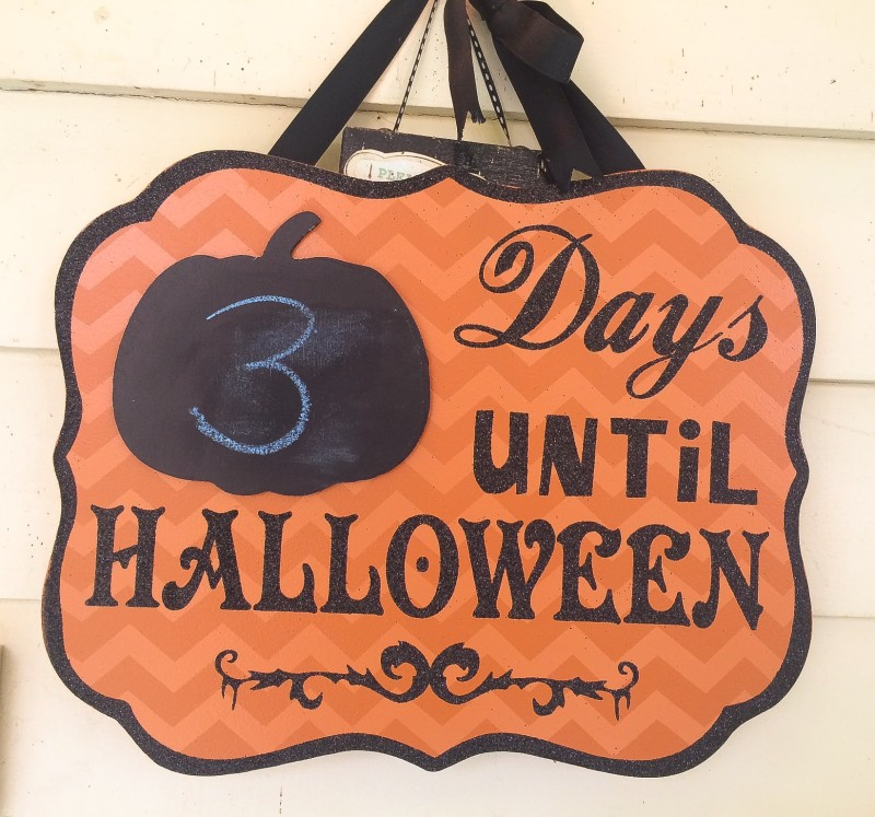 Halloween Count Down Sign, Portland