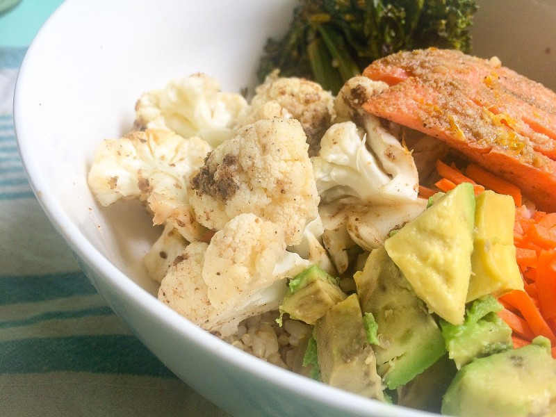 Salmon Quinoa Bowl with Cauliflower, Carrots and Avocado