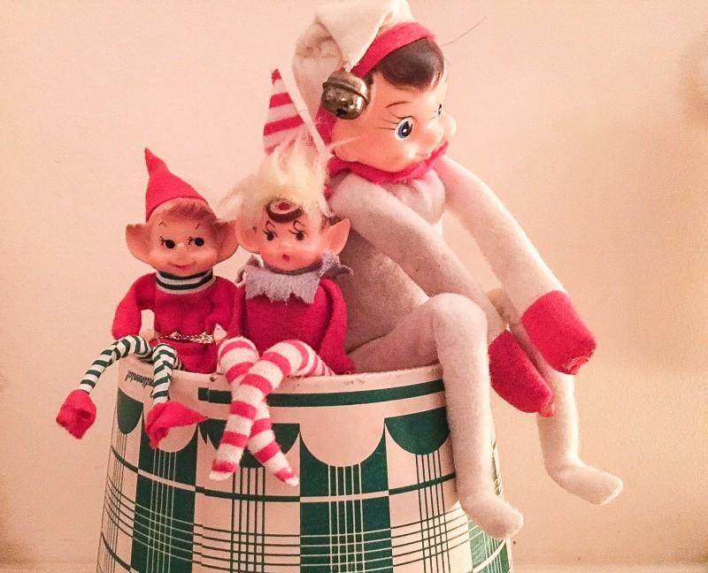 Vintage Holiday Elves on a Shelf