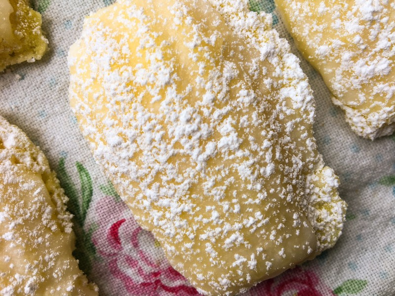 Best Lemon French Madeleines
