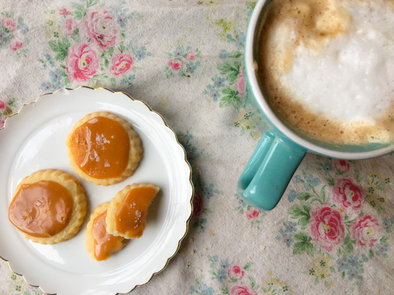 Shortbread with Salted Caramel