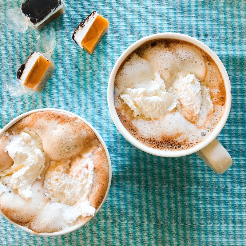 hot chocolate and caramels for beach weekend
