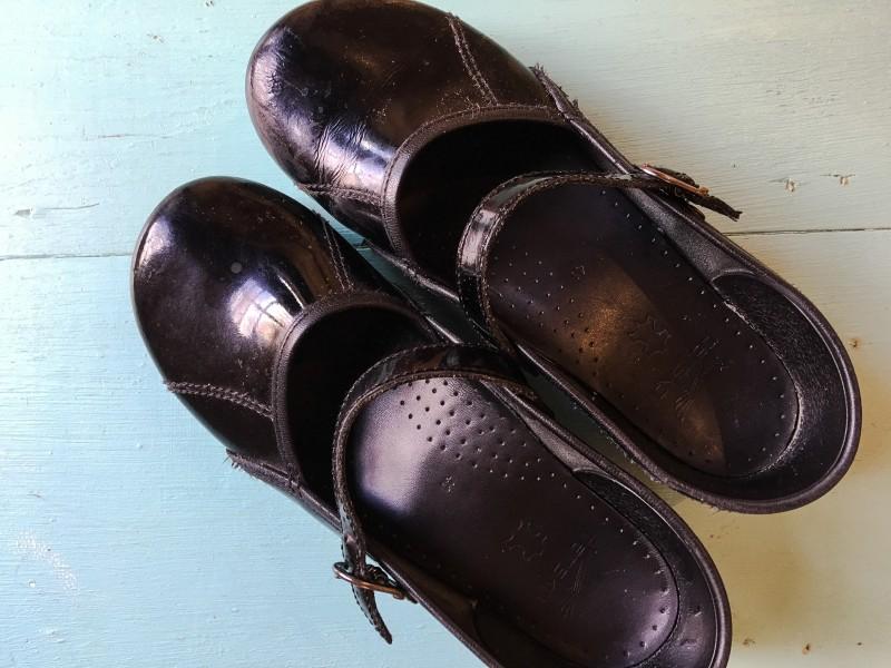 Dansko Shoes Goodwill Bins
