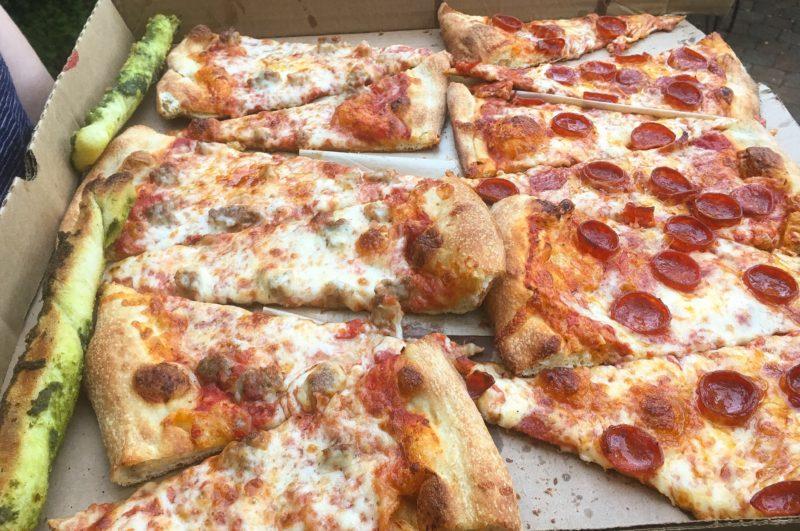 hot lips pizza